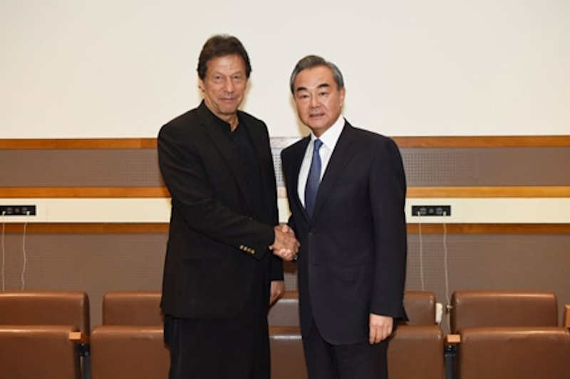 Chinese Foreign Minister Wang Yi and Prime Minister Imran Khan met in New York on Monday on the sidelines of the ongoing UN General Assembly session.